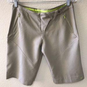 NIKE Golf / Active Shorts * SZ S (4-6)